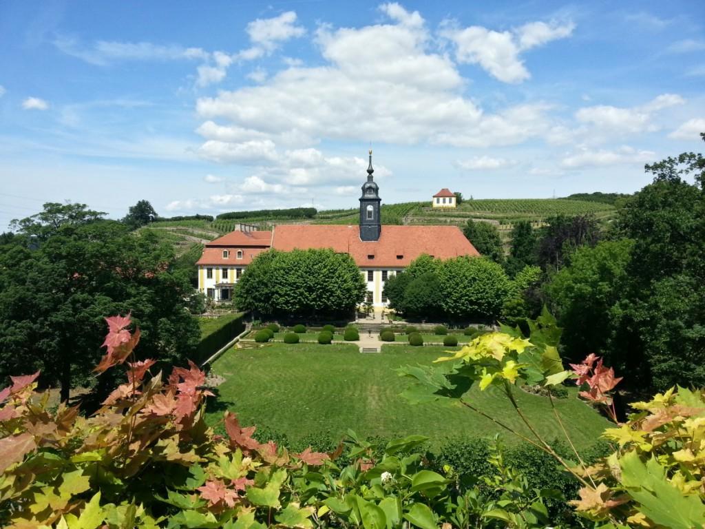 Blick von der Heinrichsburg zum Schloss Seußlitz