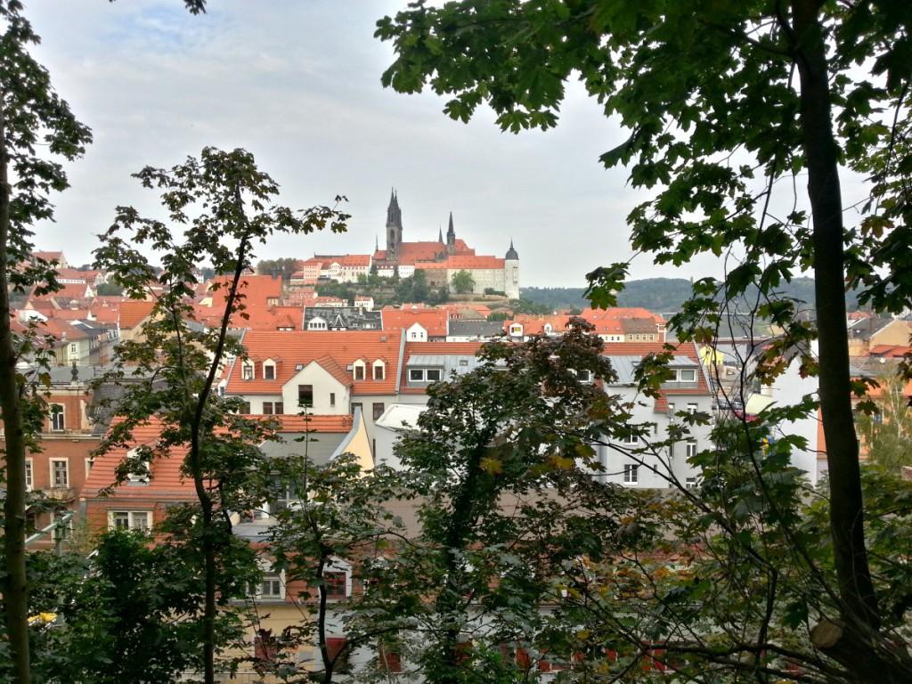 Blick vom Poetenweg zum Burgensemble