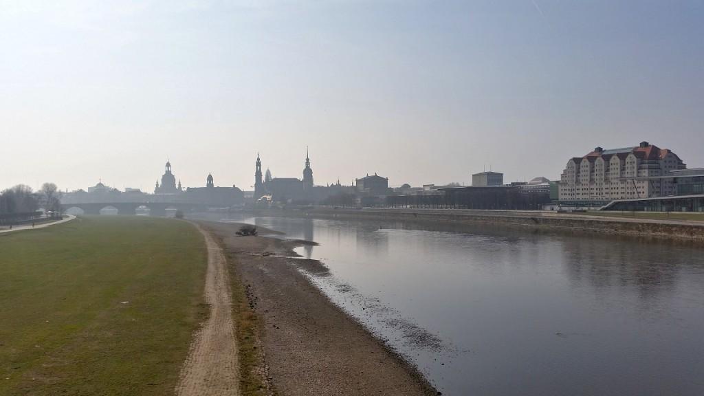 Blick zur Altstadt von der Marienbrücke