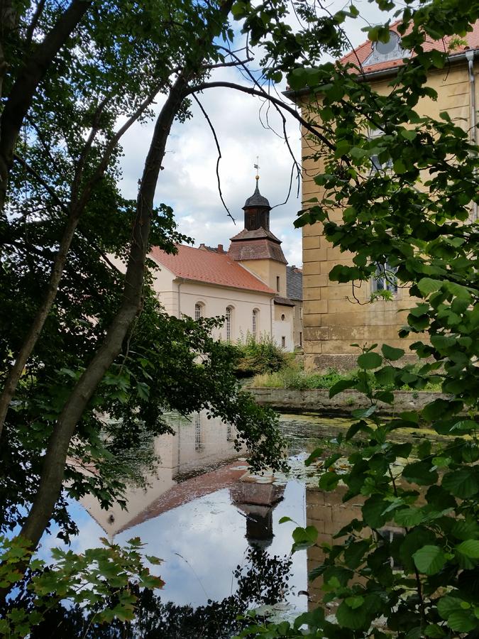 Blick zur Kirche Berbisdorf