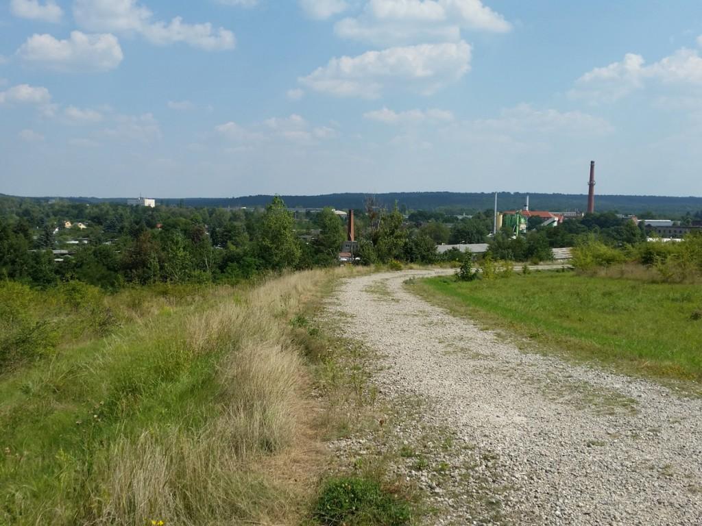 Blick zurück am Beginn des Panoramaweges über die Halde 2