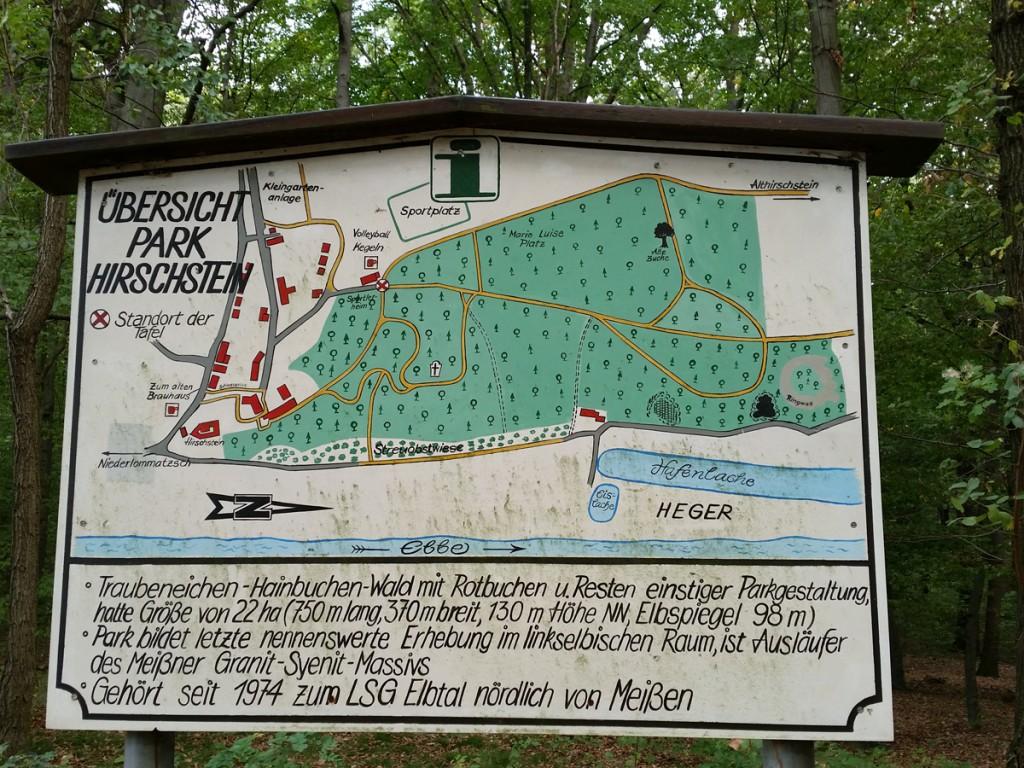 Übersichtstafel zum Schlosspark Hirschstein