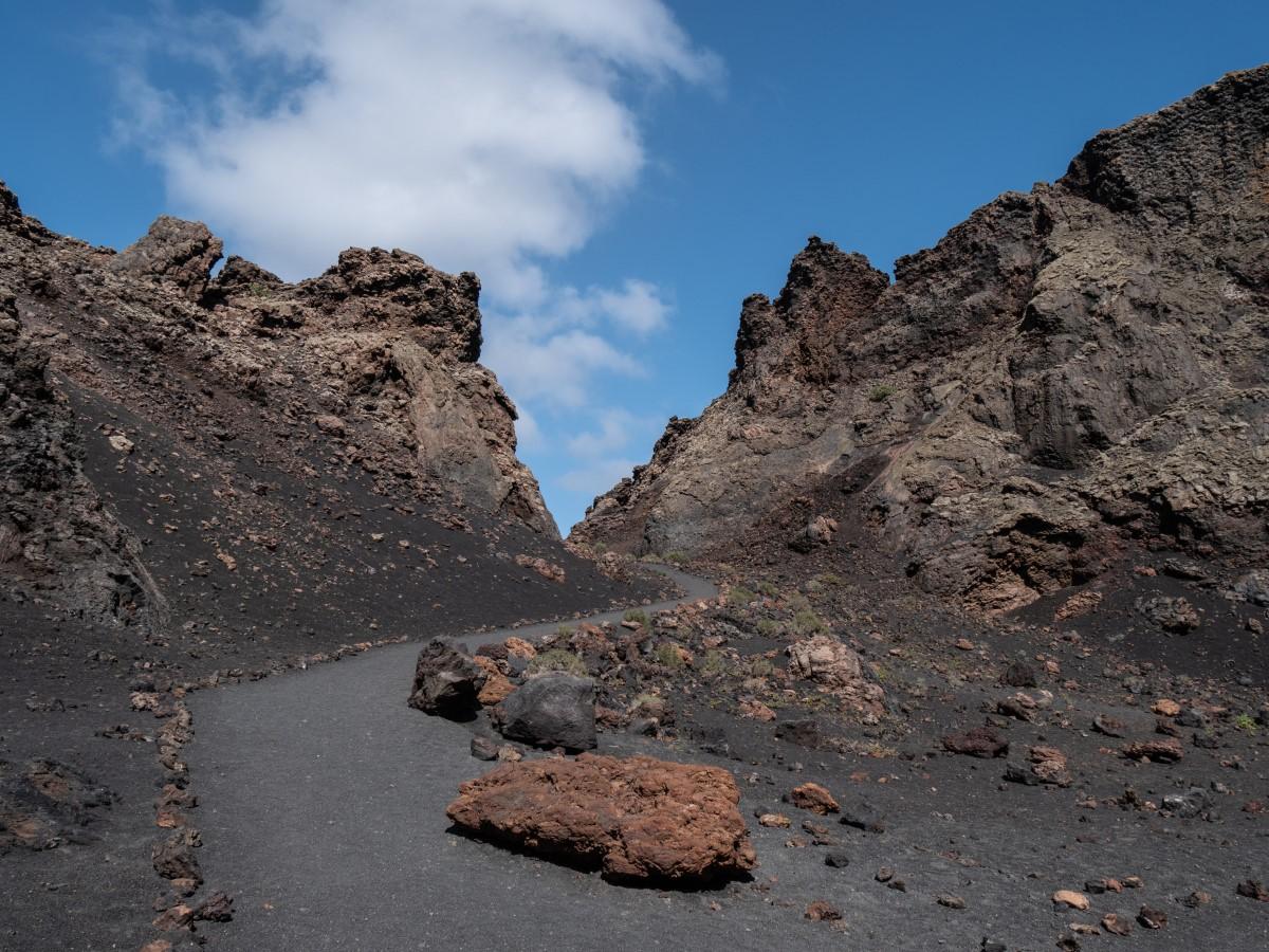 Öffnung des Kraterrandes