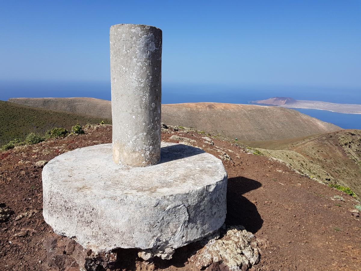 Gipfelsäule des Los Helechos