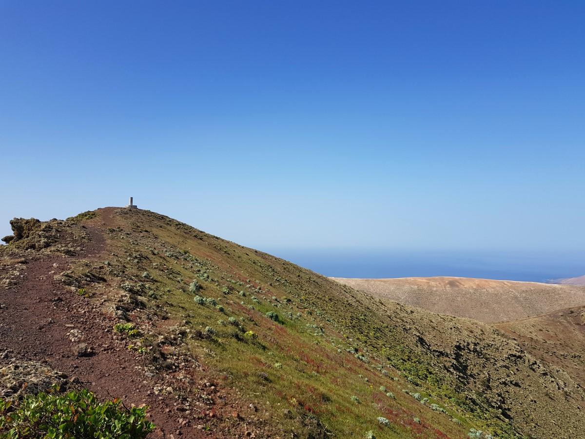 Blick zurück zum Gipfel des Los Helechos