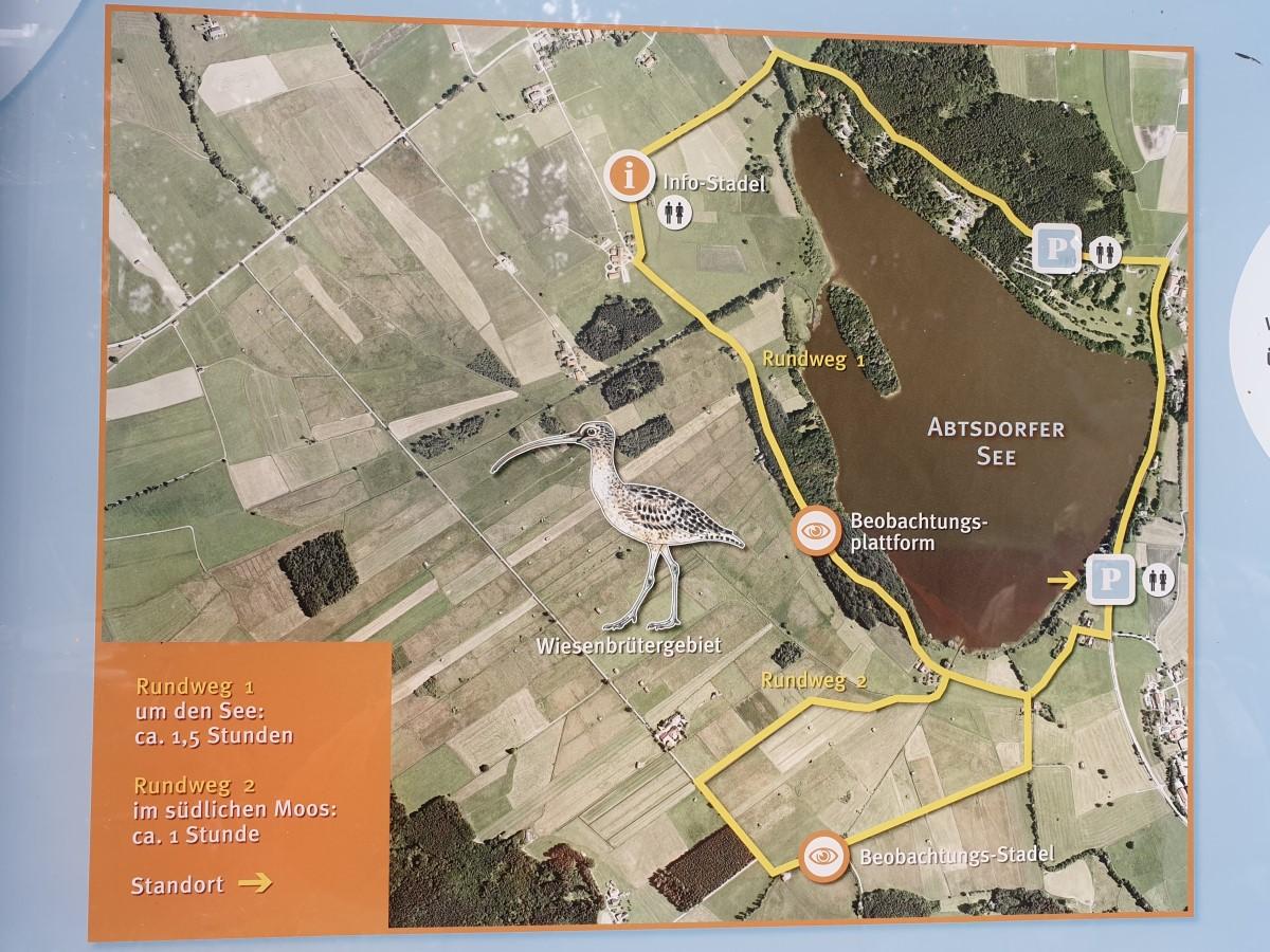 Übersichtstafel zu den Rundwegen im Landschaftsschutzgebiet Abtsdorfer See