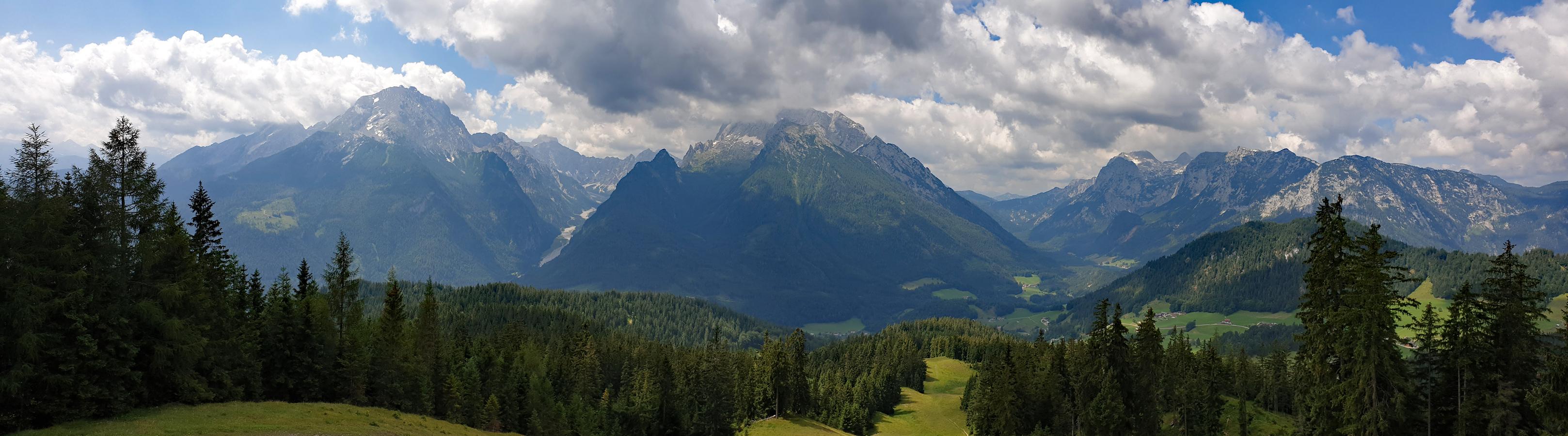 Blick vom Hirschkaser zum Watzmann, in das Wimbachgries, zum Hochkalter und zur Reiteralm