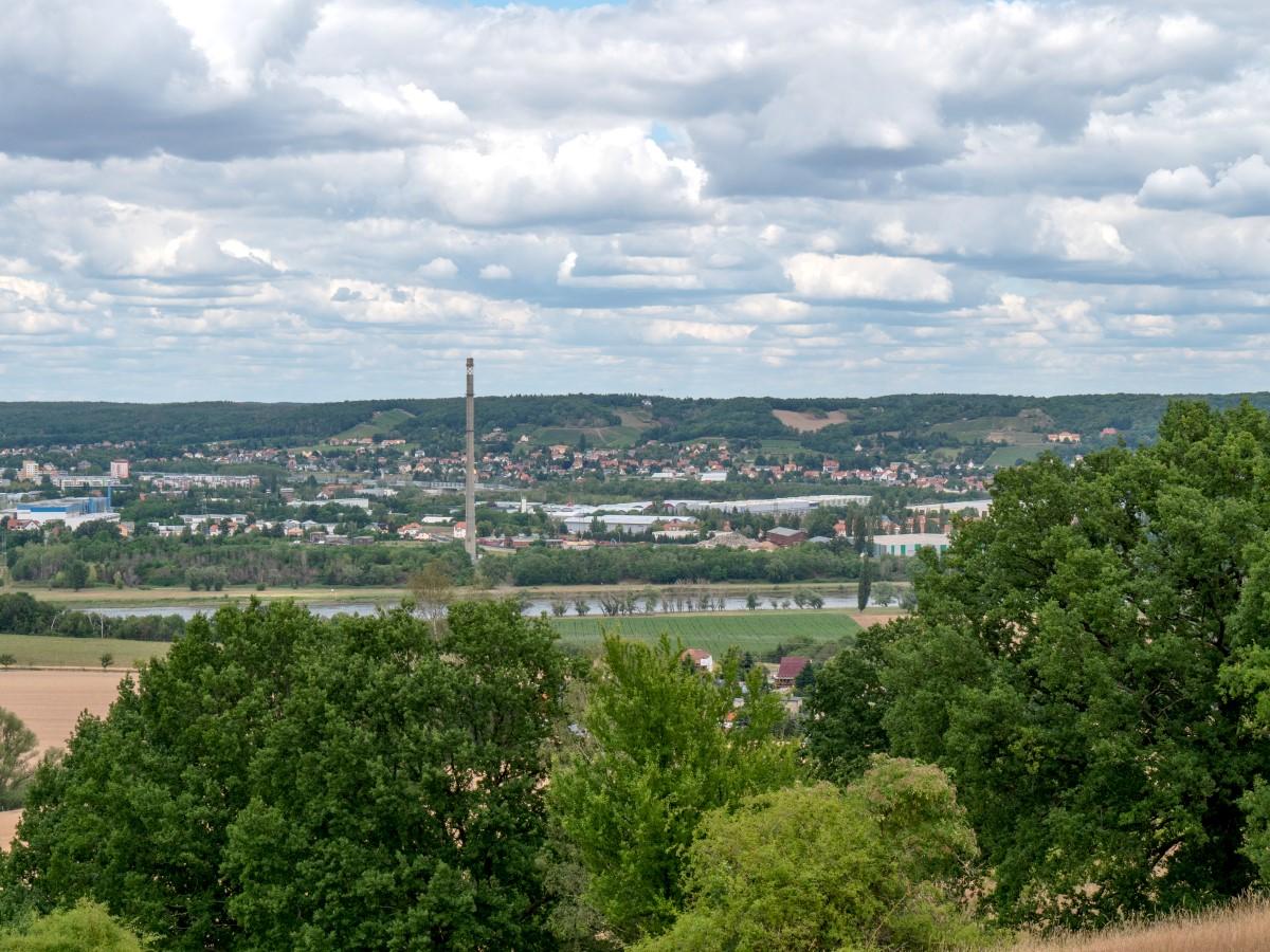 Blick über die Elbe auf Coswig