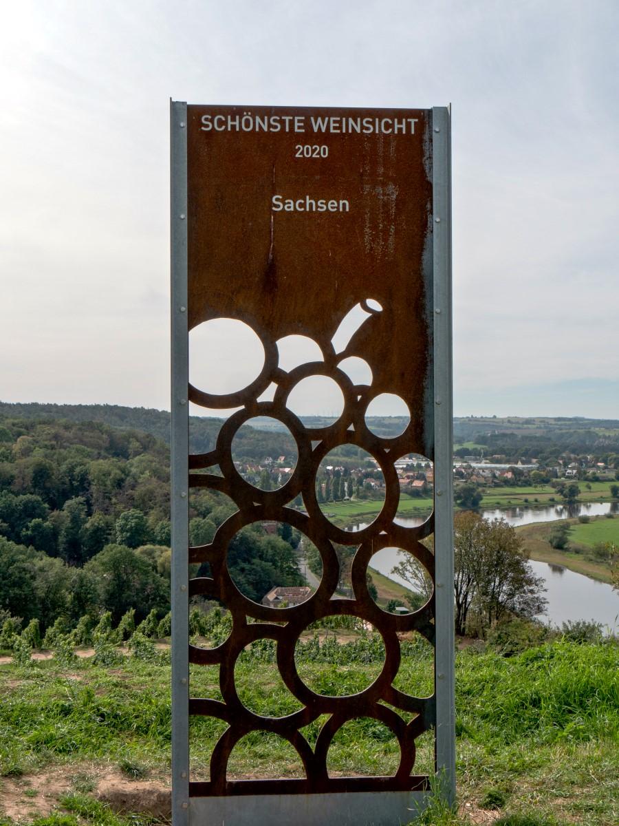 Stele an der Schönsten Weinsicht 2020 Sachsens