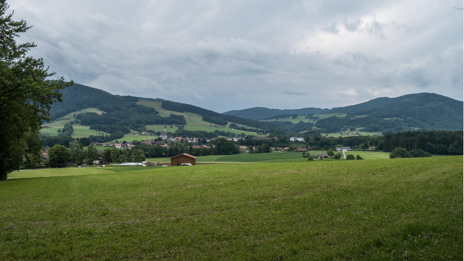 Blick über Anger vom Ringelbachweg