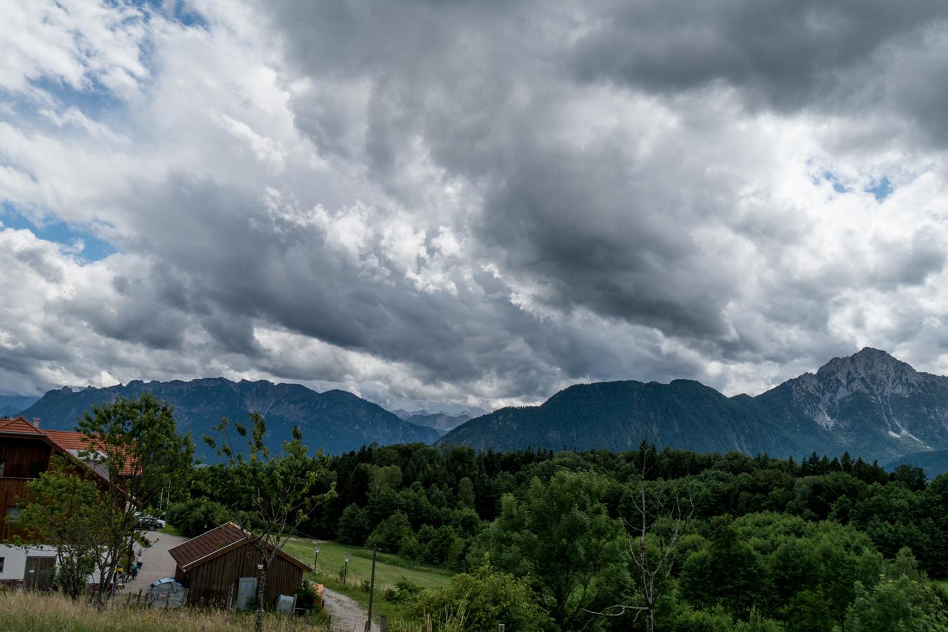 Untersberg, Berchtesgadener Alpen und Staufen von St. Johann