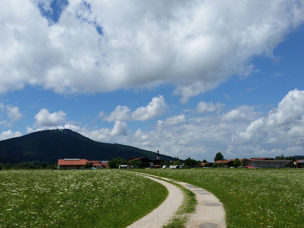 Blick zum Ortsteil Bichl