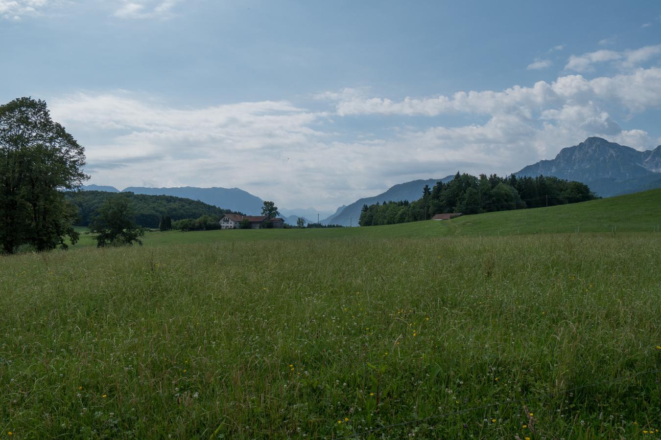 Ein Durchblick zu den Berchtesgadener Alpen