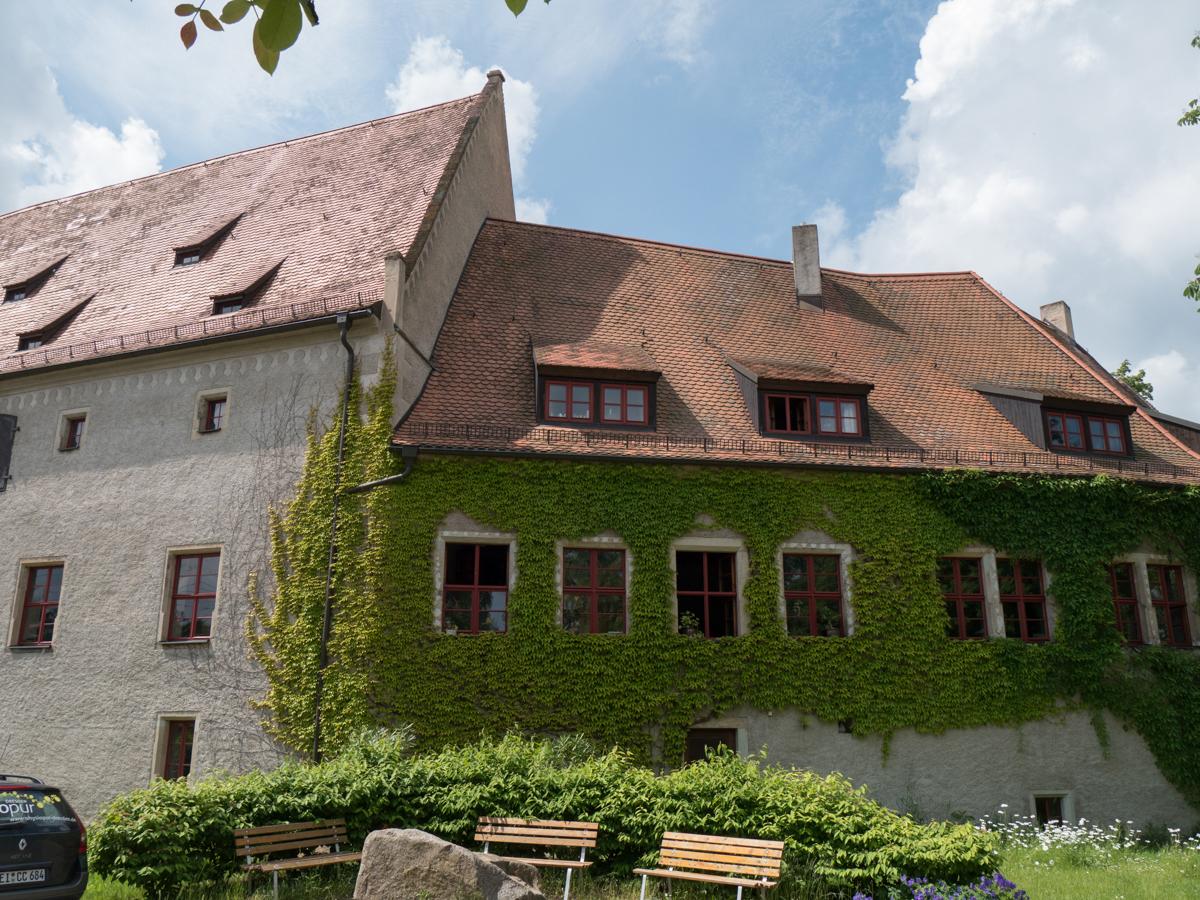 Am Schloss Batzdorf