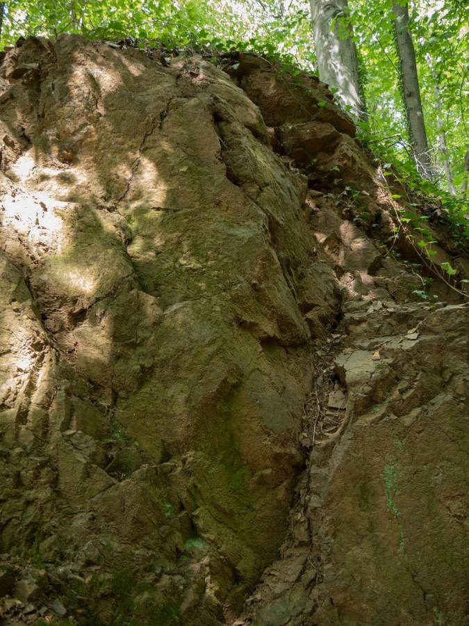 Gesteine an einem ehemaligen Tagebau