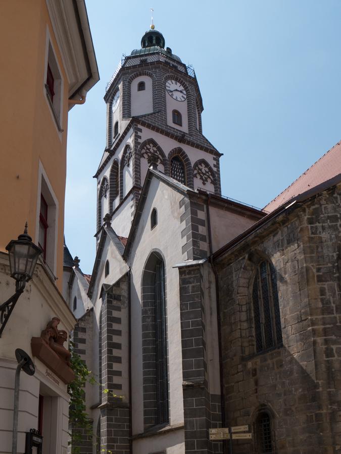 Figur an einem Geschäftshaus An der Frauenkirche