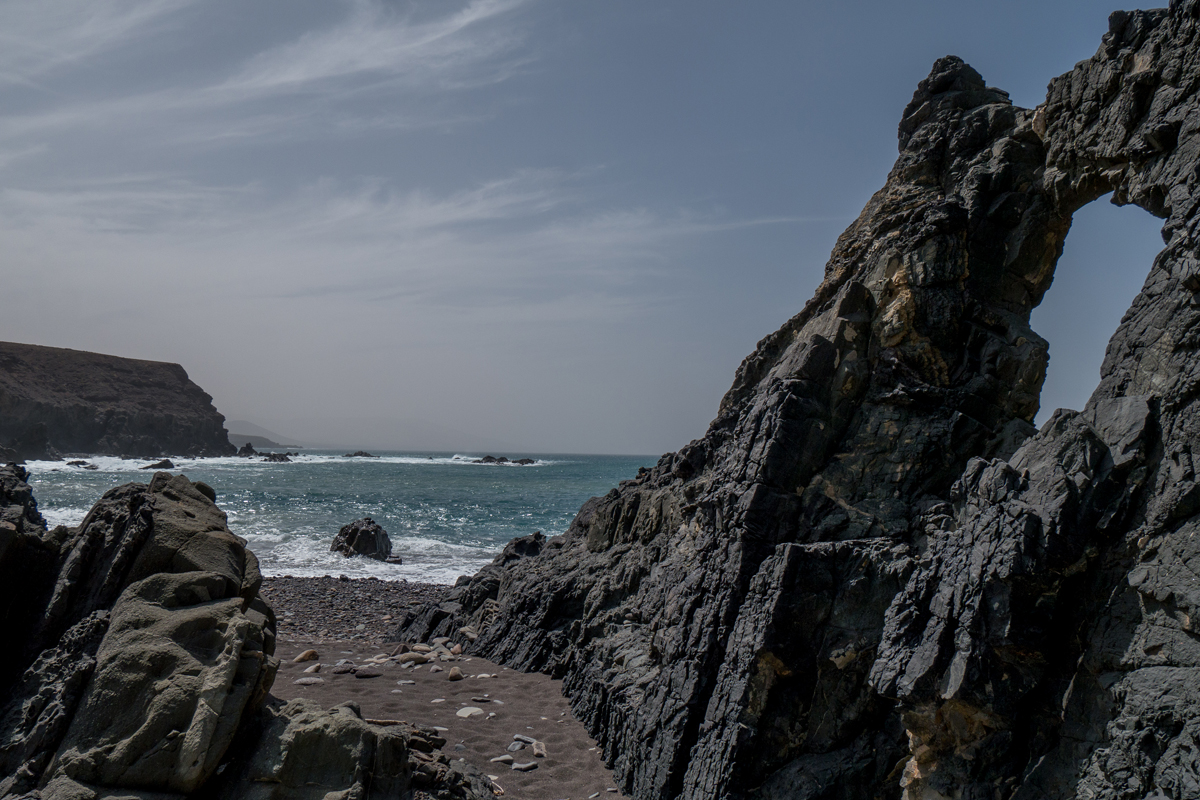 Ein Durchblick nach Süden vom Felsentor