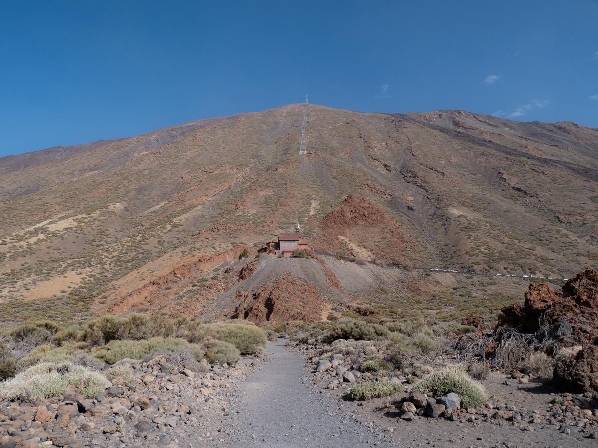 Ein Blick zur Teide Seilbahn